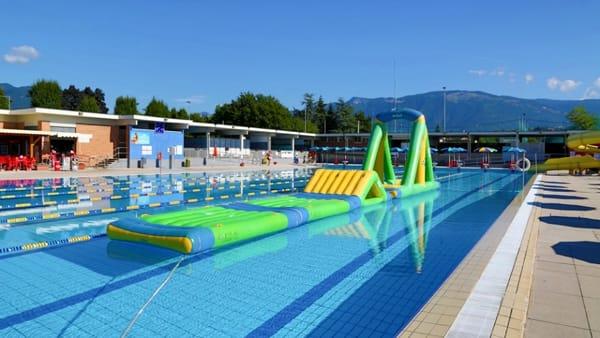Festa in piscina a Thiene il mercoledì