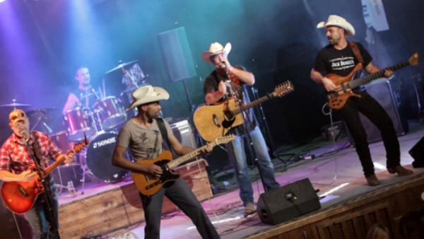 "American Party: ""Dusty Saddle Boys"" southern & country band al ""Mamaloca"""