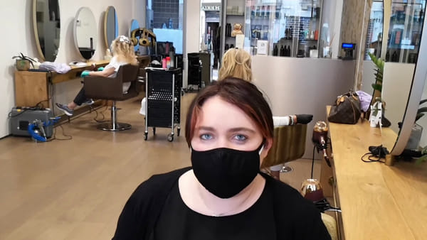 Vicenza riapre: le parrucchiere hanno il tutto esauruto
