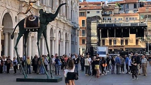Le maestose statue di Dali a Vicenza