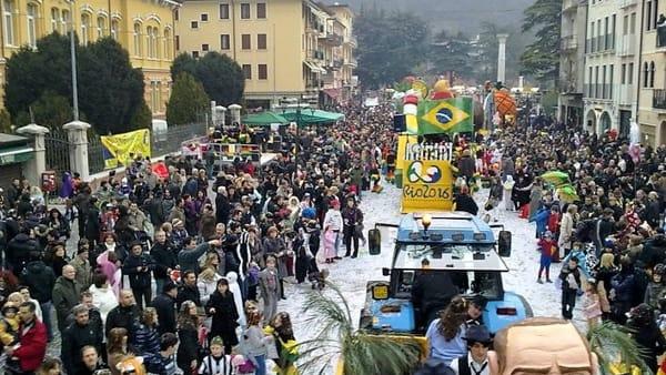 43^ Carnevale di Chiampo: sfilata carri mascherati