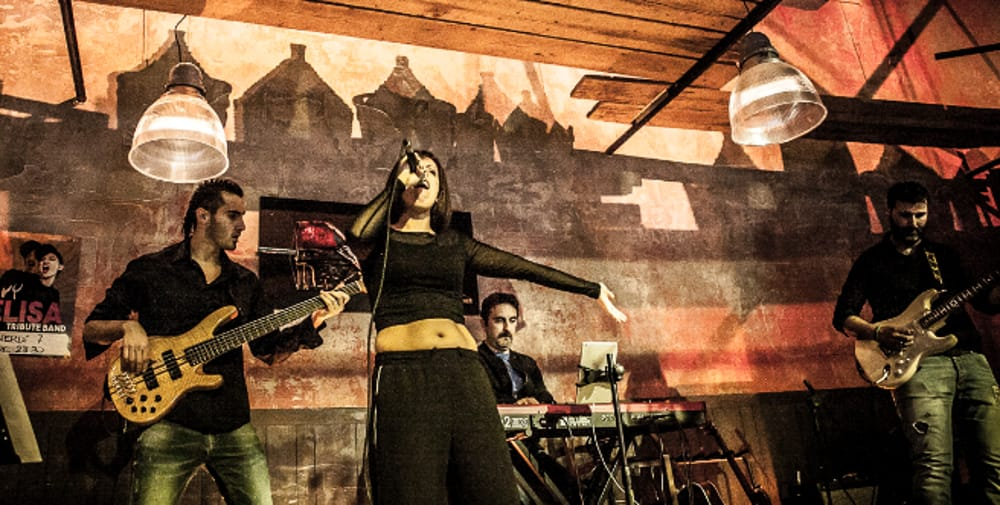 """IVY Elisa Tribute Band"" (immagini di archivio)"