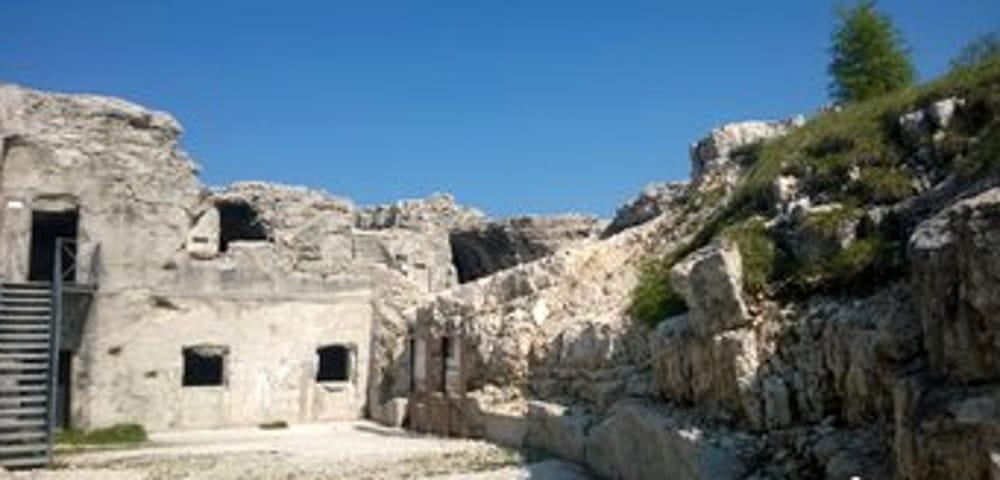Forte Verena (immagini di archivio)