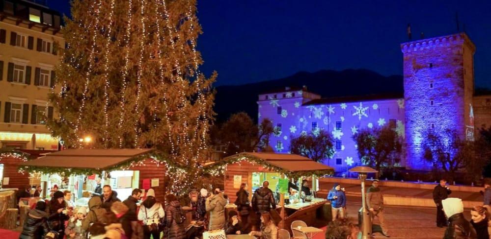 Mercatini di Natale in Trentino (immagini di archivio)
