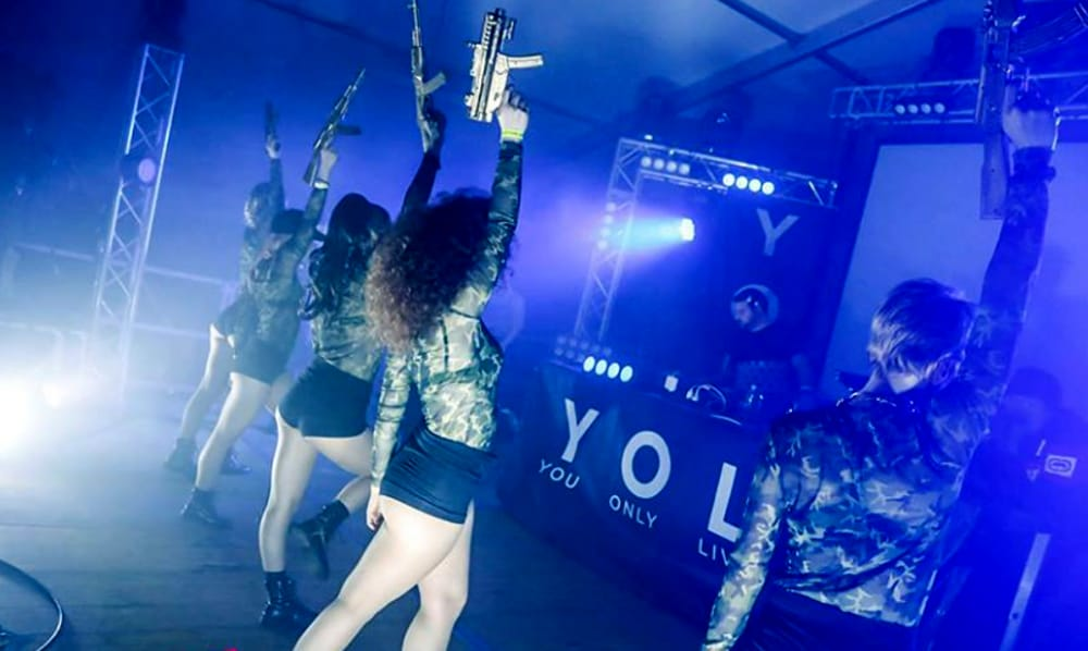 """Yolo Hip Hop Party"" (foto facebook)"