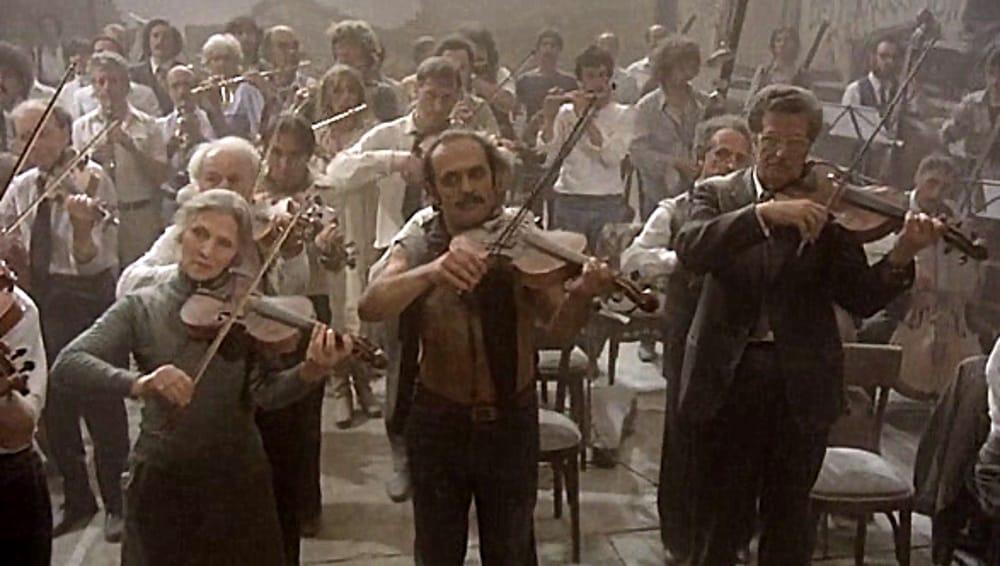 """""""Prova d'Orchestra"""" (immagini di archivio)"""